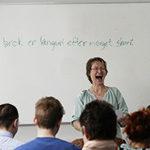 Pernille underviser